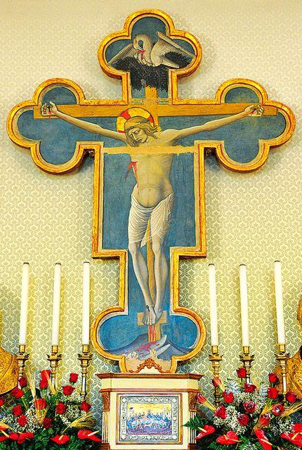 Preci, fraz. Piedivalle (PG). La Croce di Nicolò da Siena, sec. XV - Altare dell'Abbazia di Sant`Eutizio