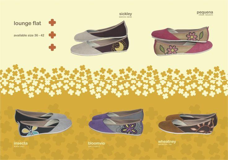 Produk detail Sepatu Mimosabi Lounge Flat :      Bahan dasar kanvas     aplikasi perca     kulit suede     avaliable size 36-44