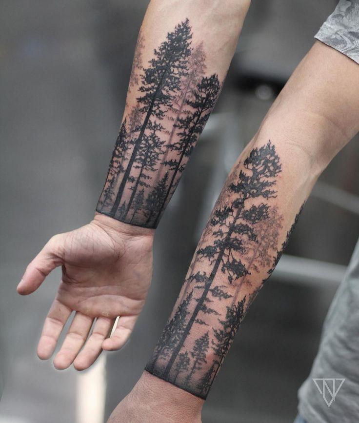 Pi di 25 fantastiche idee su tatuaggi braccio uomo su for Tatuaggi idee uomo