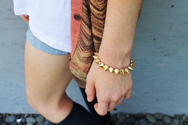 adore the spiked bracelet: Spike Bracelet, Gold Spiked, Fashion Style, Gold Spikes, Dress Up, Fashion Inspiration, Bejeweled