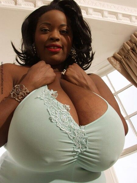 Black women with big tits Nude Photos 59