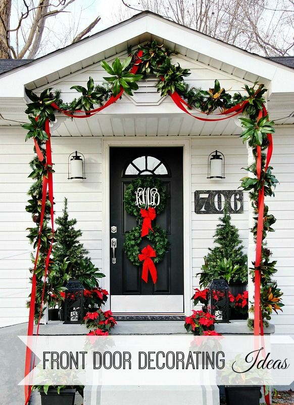 Easy front door decorating ideas for Christmas!  Add fresh greenery to garland and window baskets and so much more!  thistlewoodfarms.comHoliday, Decor Ideas, Doors Decor, Decorating Ideas, Front Doors, Door Decorating, Christmas Decor, Christmas Porch, Front Porches