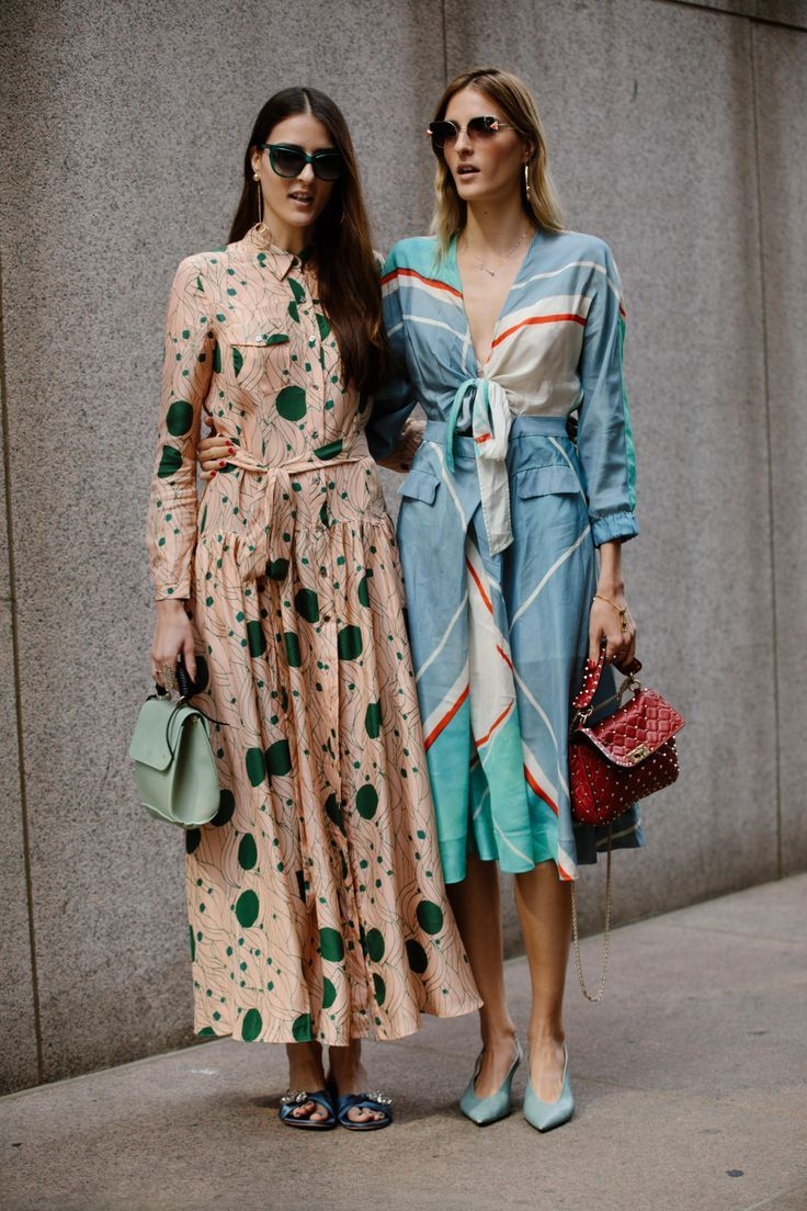 New York Fashion Week Street Style | Style Guide | Matching Outfits | Floral Maxi Dress | Aviators | Designer Fashion #streetstyle #couture #ny #nyfw