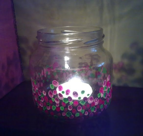 En cualquier casa, por más que lo queramos evitar… se acaban acumulando los potes de cristal. Y en cualquier casa con niños, por mucho que lo intentemos evitar…. también hay ratos en lo…