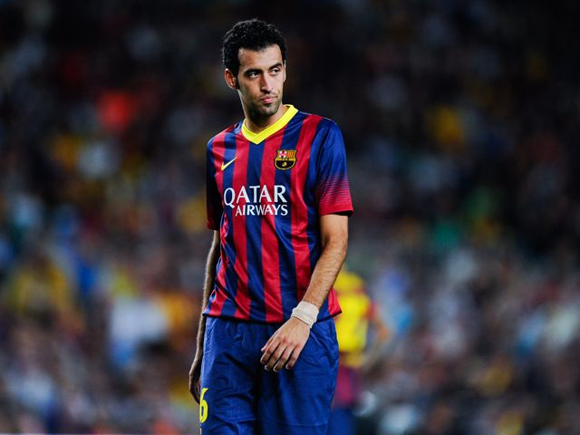Barcelona midfielder Sergio Busquets out with sprained ankle ligaments #Injury_News #Barcelona #Football