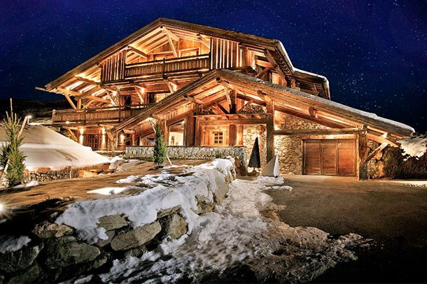 Skip Chairlift Lines With The 20 Most Extraordinary Ski Chalets In The World Tripadvisor Vacation Rentals Ski Chalet Chalet Design Chalet