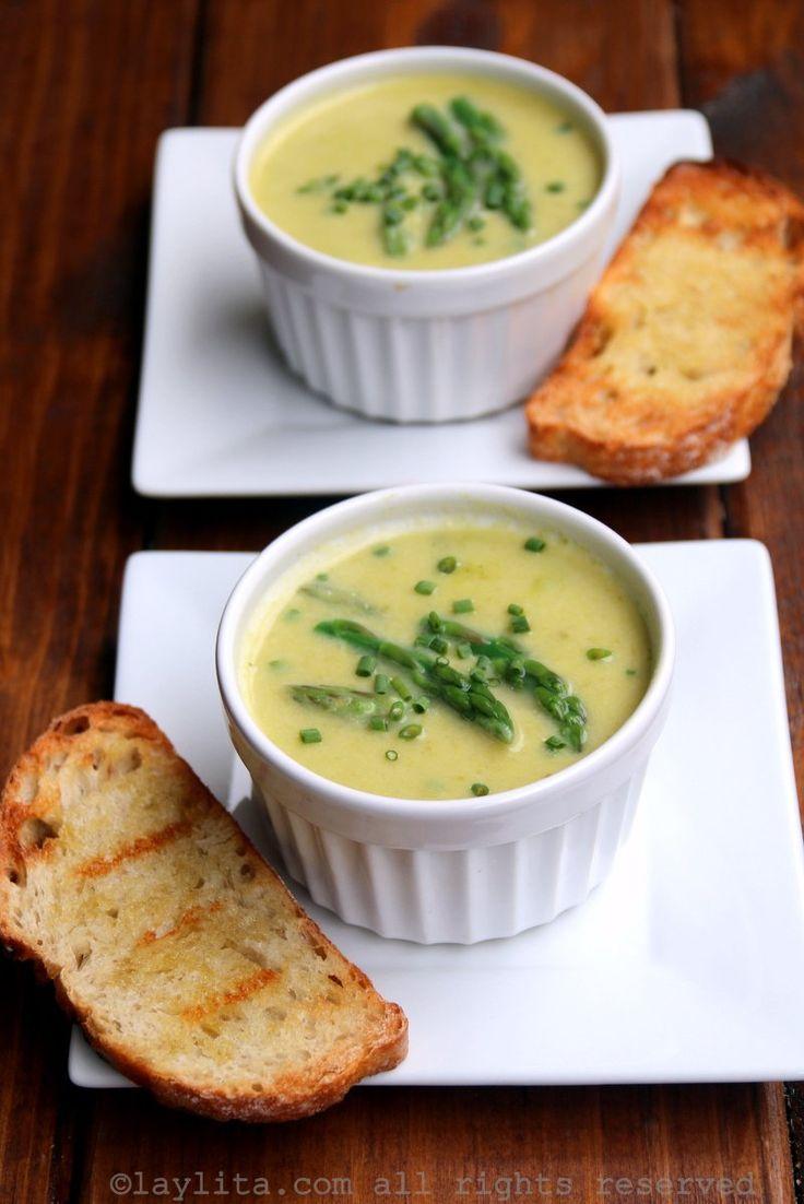 Sopa o crema de espárragos Best Cream Of Asparagus Soup Recipe, Asparagus Recipe, Healthy Soup Recipes, Chef Recipes, Cooking Recipes, Recipies, Yummy Recipes, Yummy Food, Creamed Asparagus
