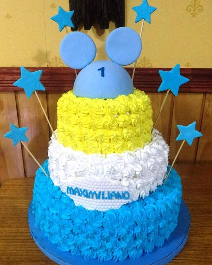 #Mickey #cream #cake by Volován Productos #instacake #puq #Chile #VolovanProductos #Cakes #Cakestagram #SweetCake