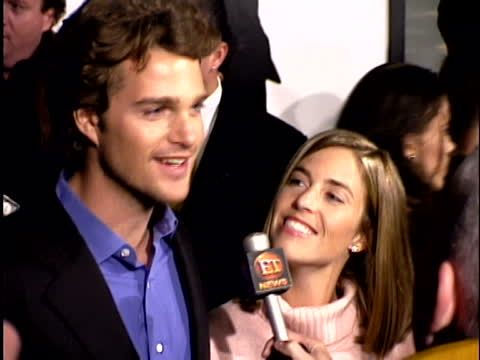chris-odonnell-at-the-premiere-of-the-bachelor-at-the-cinerama-dome-video-id75714044 (480×360)