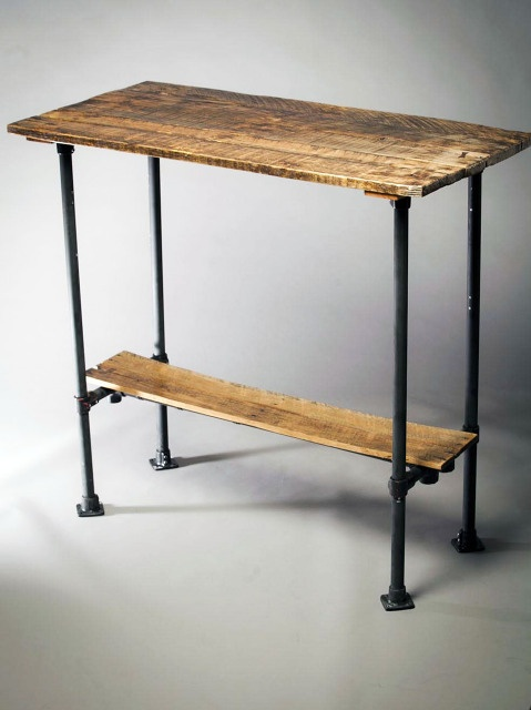 Rough.South.Home | TABLES AND DESKS: Wood Work, Stands Up Desks, Pallets Simplicity, Diy Pipes Hall Tables, Wood And Metals, Cute Ideas, Pipes Diy, Wood Tables, Easy Diy Home Wood