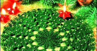 Carpeta tejida al crochet con diagrama, motivo pinos de navidad