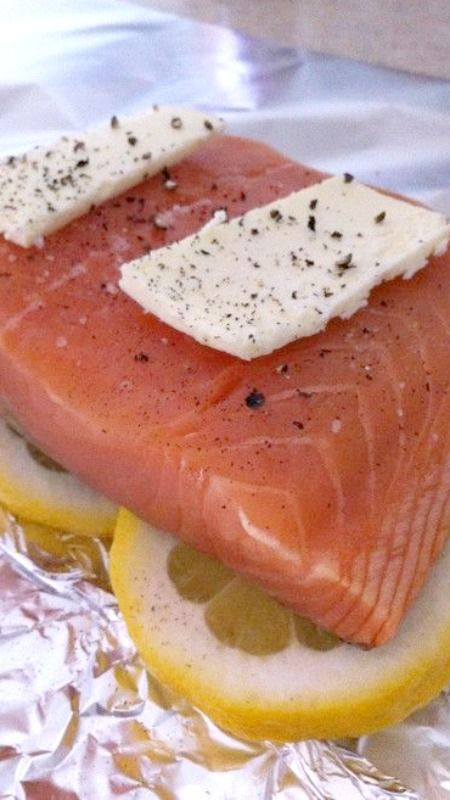 Tin foil, lemon, salmon, butter ~ Wrap it up tightly and bake for 25 minutes at 350 °. Simple and delicious!