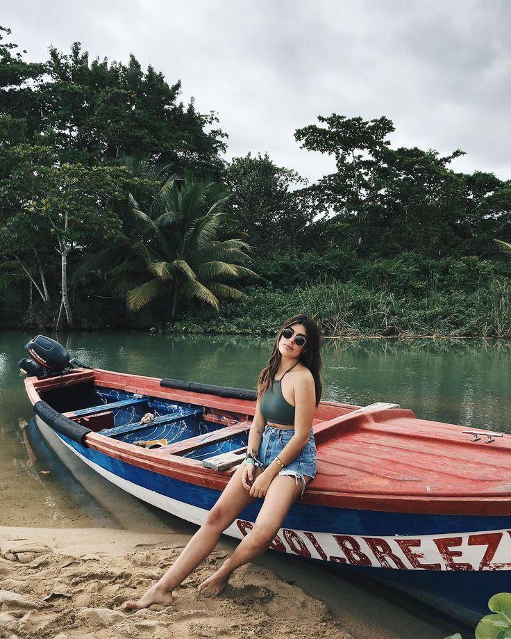 """147.9 mil Me gusta, 427 comentarios - Aida Domenech (@dulceida) en Instagram: """"Después de mi crucero por el Caribe, @pullmantur me ha invitado como Dj a su próximo crucero por el…"""""""
