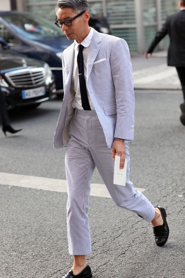 different types of suit and how to wear them- mens seersucker suit