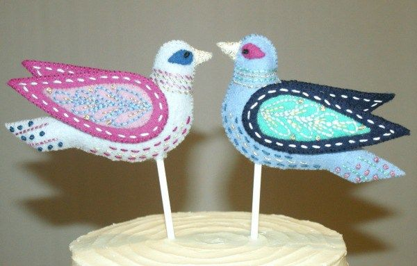Wedding topper project that brings a handmade touch to your wedding. These felt love birds are sure to add that something special to the cake.