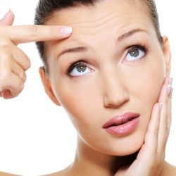 Bad Habits that cause Premature Wrinkles on Face, Eyes, Arms