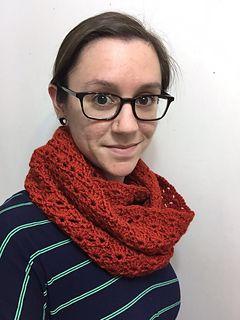 Snapdragon Stitch Cowl by Hannah Owens