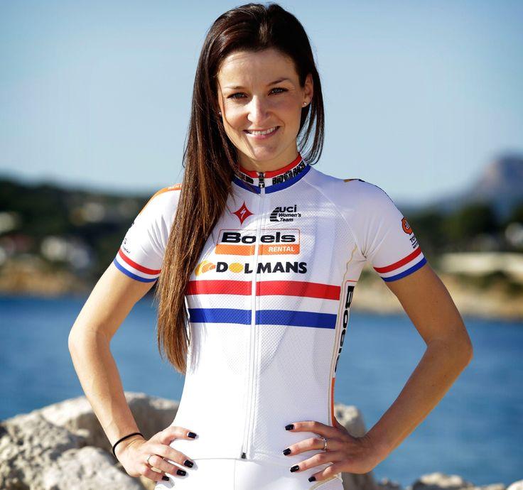 Lizzie Armitstead - Pro cyclist - Olympic medalist
