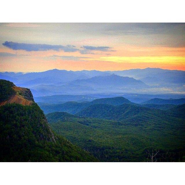 【makki_mountain】さんのInstagramをピンしています。 《中山峠からニュウに向かう途中見た朝焼け。 左は稲子岳、遥か向こうは奥秩父の山々。  2015.9.6  #北八ヶ岳 #ニュウ #中山峠 #朝焼け #山 #景色 #風景 #登山 #ハイキング #森 #トレッキング #八ヶ岳》
