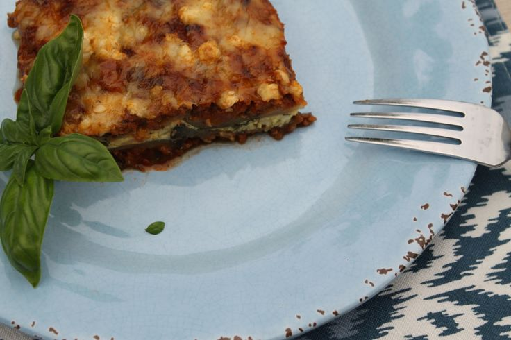 Mediterranean Eggplant & Zucchini Lasagne: A healthy spin on regular lasagne with no carb vegetable noodles, feta and olives.