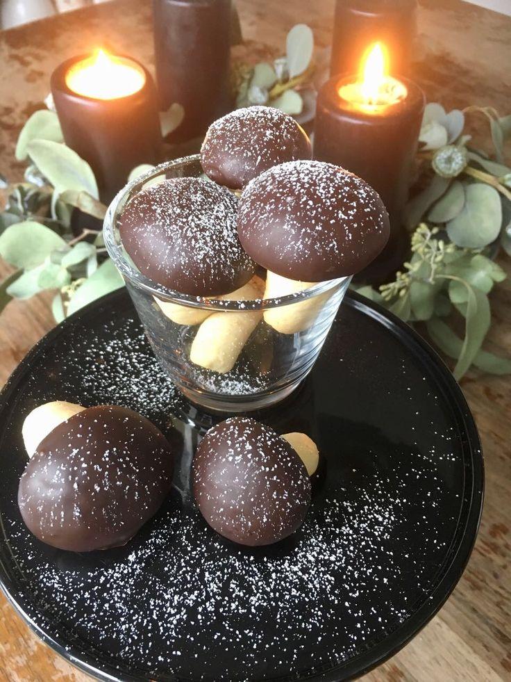 Sind die nicht süüüüüüüß? Ich hab' mich direkt in diese hübschen Pilze verguckt, die Jana gezaubert hat! Viel zu schade zum Essen… aber auch oberlecker! Und für die Weihnachtstage doch einfac…