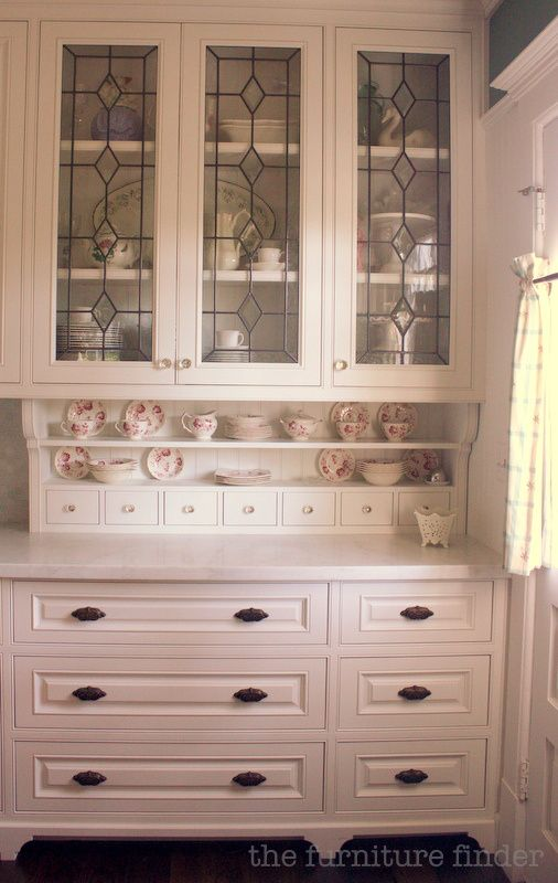 Custom Built In Hutch Gl Doors