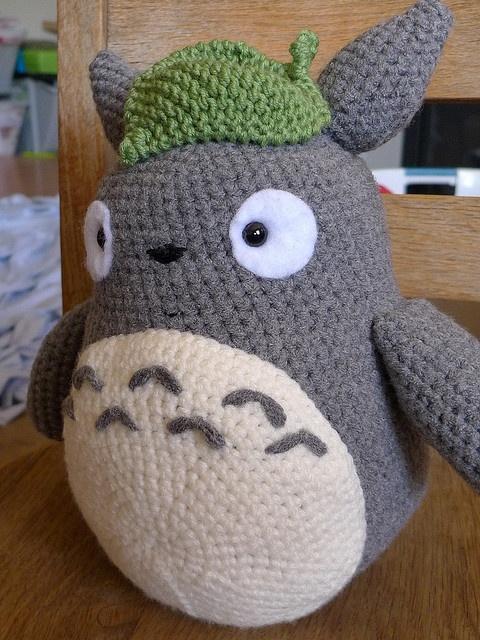 Crocheted Totoro = the best