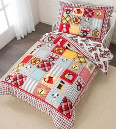This adorable bedding set adds a brand new layer of fun and excitement to any young child's bedroom. This set is a real bargain, providing parents with a reversible comforter, a flat sheet, a fitted s