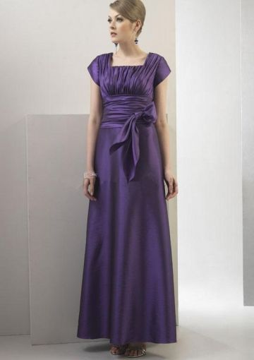Purple Pleated Bodice with Matching Sash Accent Vintage Mother of the Bride/Mother\'s Party Gowns