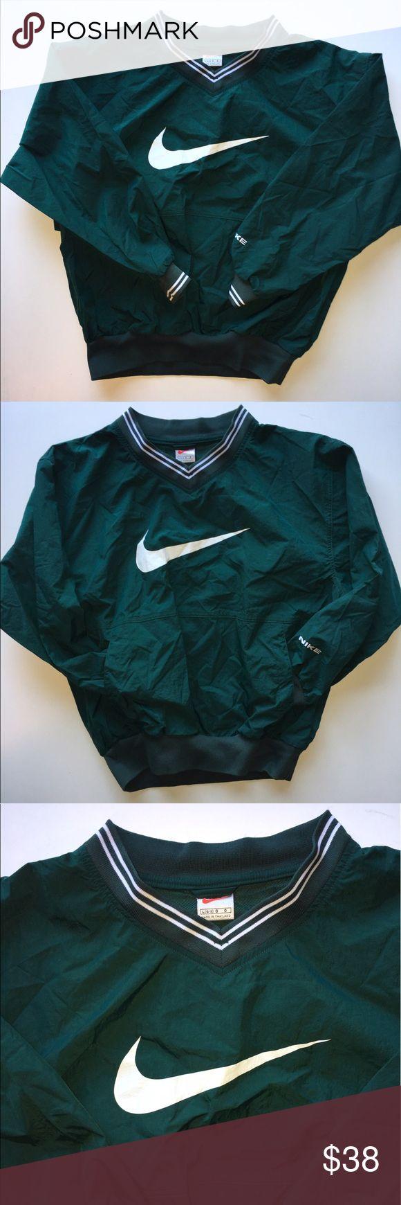 Vintage Nike Forest Green Pullover Vintage Nike Forest Green Pullover Size Large in perfect condition! Nike Jackets & Coats Windbreakers