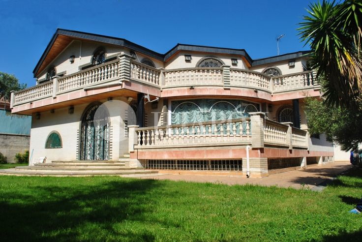 A luxury, manor house of 1000m² for sale in Mas-Ram, Badalona