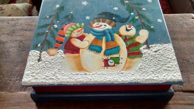 Caja Navidad                                                                                                                                                                                 Más