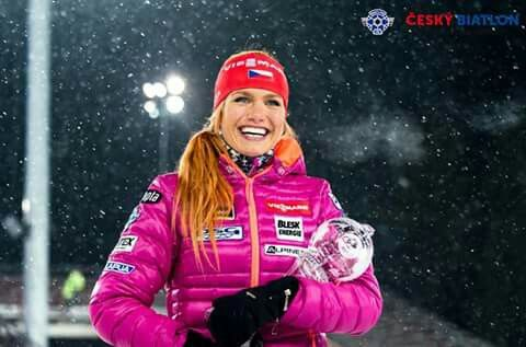 New baby in her arms :* love her smile <3 czech fans are proud of Gabi     #ceskybiatlon