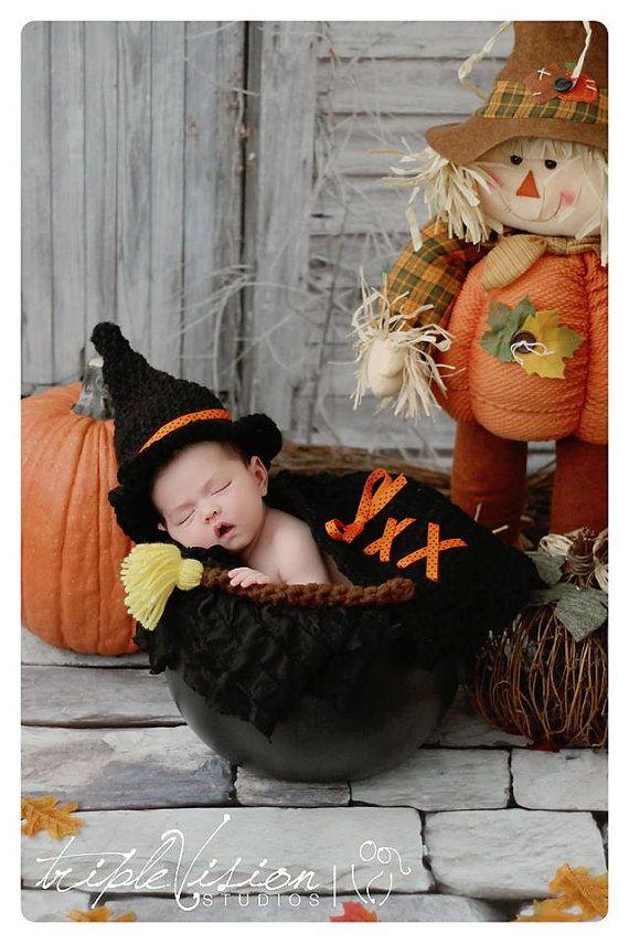 Recién nacido bruja sombrero capa y escoba palo Halloween