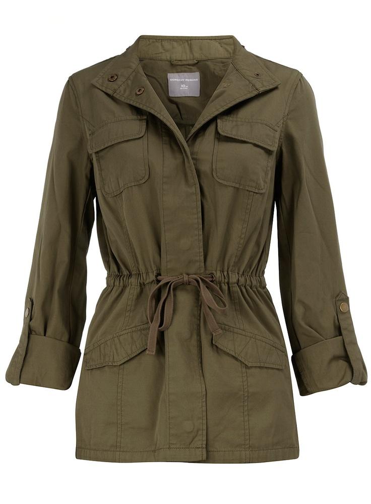 Khaki safari jacket #r29summerstyle
