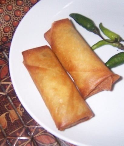 indonesian food. lumpia