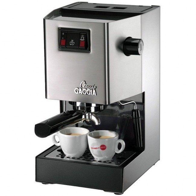 Gaggia Classic - fantastisk design og konstruksjon. Maskinen har lang levetid, sterk pumpe, et vannkoker system av høy klasse og et gruppehode av støpt messing. Med Gaggia Classic kan lage omtrent like god kaffe som på en bra café.