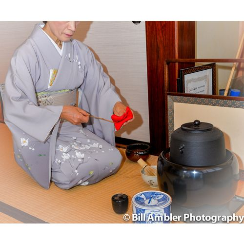 Teishu and The Way Of Tea - Part 2  In part 1, I introduced readers to my good friend Tetsuko-san - practitioner and teacher of the tea ceremony...