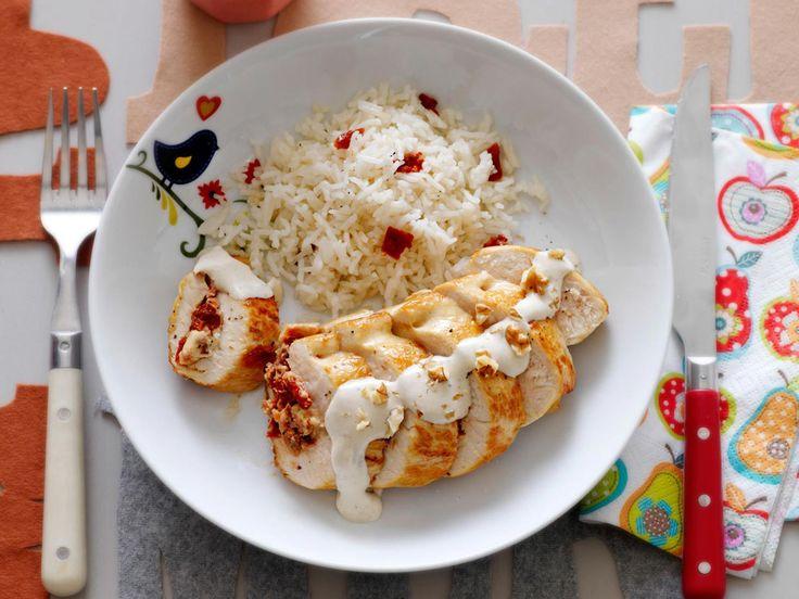 Découvrez la recette recette blanc de poulet farci sur cuisineactuelle.fr.