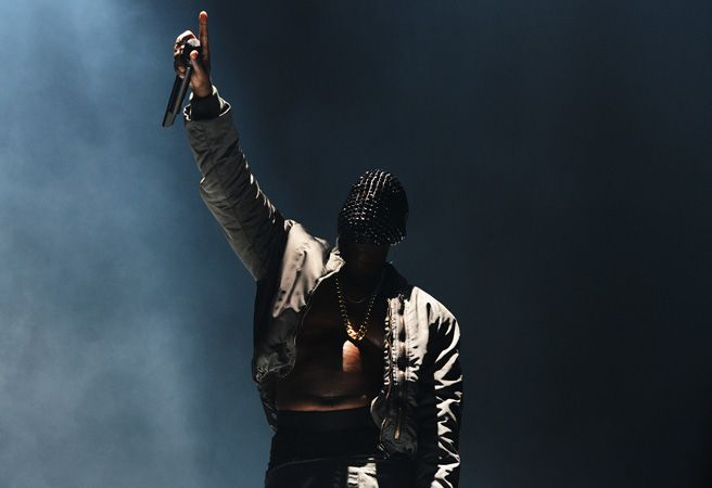 Tommy Ton photographs Kanye West's concert