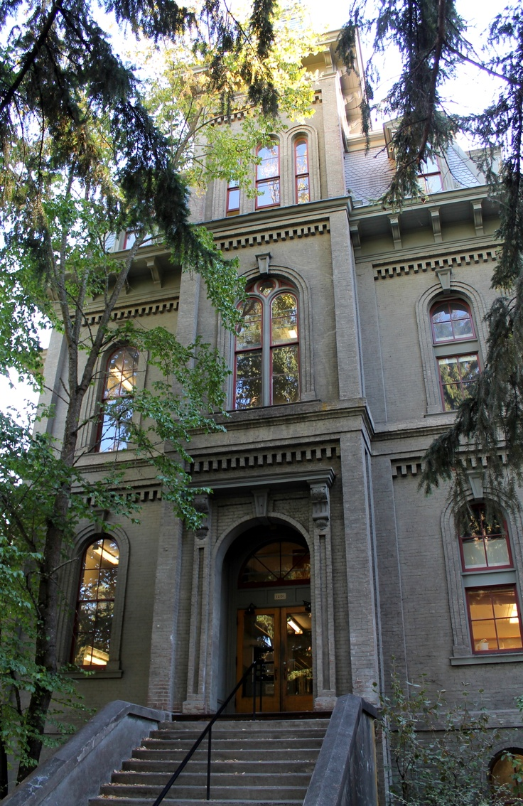 Deady Hall, University of Oregon