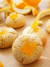 Enfes turunç tadıyla mis kokulu kurabiyeler...