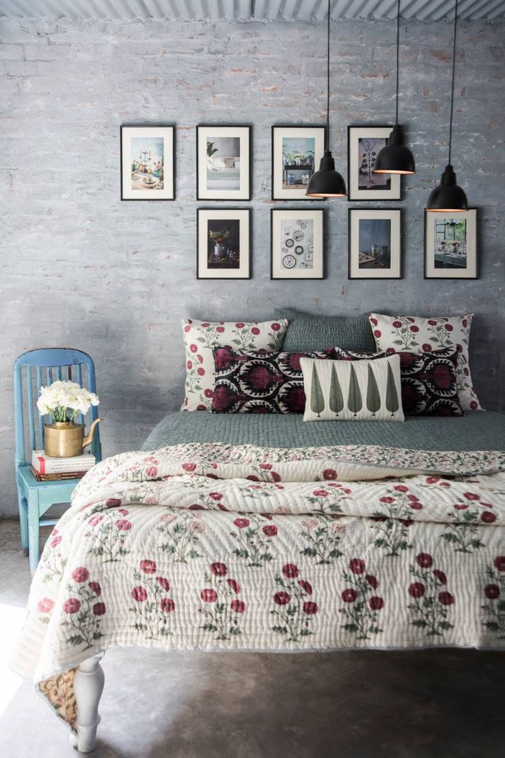 PERSIAN POPPIES A verdant Mughal Charbagh blossoms to life in this handblock printed collection of bed linen, crafted in soft muslin and cotton pique.