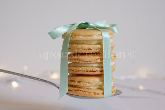 INSTANT DOWNLOAD Food Photography Three Champagne Macarons by apookicreation on Etsy, €2.20
