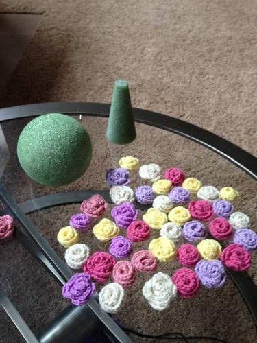 Crocheted Flower Bouquet - CROCHET