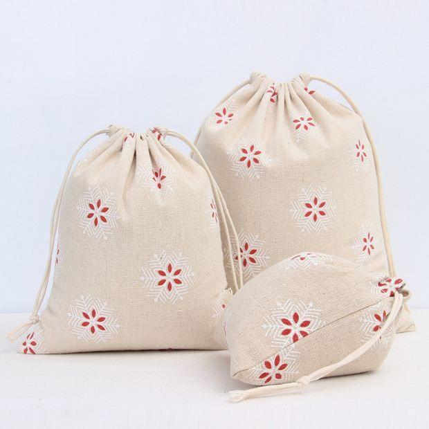 2 шт./лот мини льняной мешочек для хранения хлопок белье шнурок снежинка печать подарок конфеты организатор сумки бесплатная доставка BD 6 купить на AliExpress