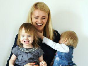Ambasadorka Pasji, Ewa, założycielka firmy szkoleniowej Ambasada Pasji, mama dwóch małych dziewczynek. Chce czerpać pozytywną energię od innych i przekazywać ją dalej.  http://www.mamopracuj.pl/ambasadorka-zycia-z-pasja-ewa