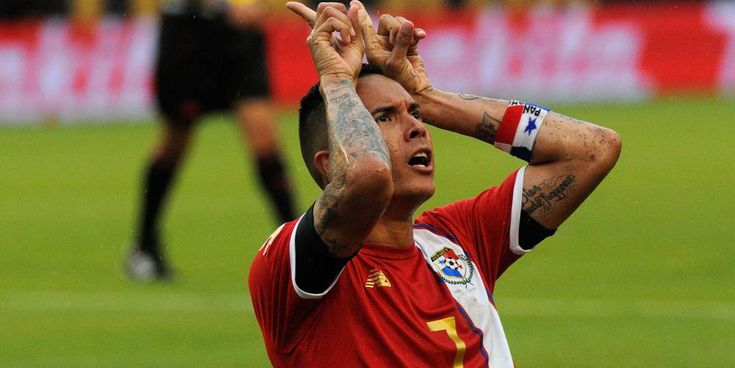 AS del partido: Blas Pérez destacó por su poderío ofensivo. 06/6/2016.