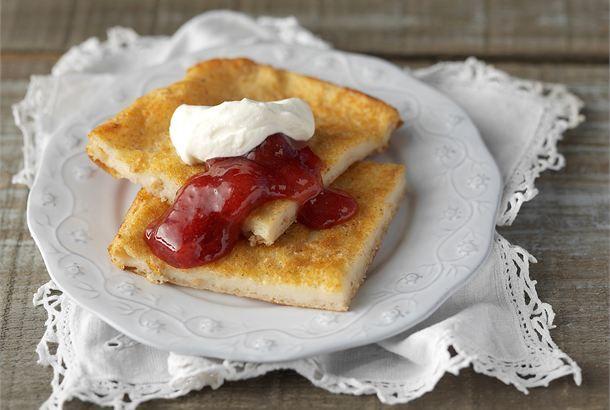 Sadepäivän pannari ✦ Hemmottele perhettäsi tai ystäviäsi sadepäivänä itse tehdyllä pannarilla. Sämpyläjauhot tuovat pannariin mukavan rouheisen rakenteen. http://www.valio.fi/reseptit/sadepaivan-pannari/