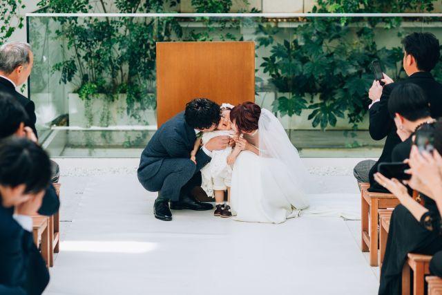 Eneko Tokyoで挙げるモダンなファミリー婚 Urban Casual Wedding リナさんの挙式 披露宴ハナレポ ウエディングパーク 挙式 ウェディング ウエディング